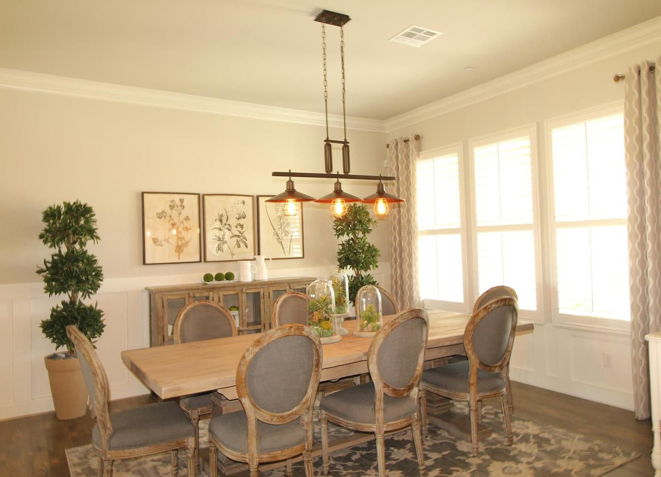 Manorwood Model Dining Room